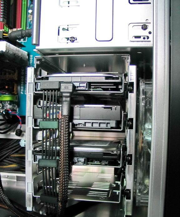 Powercool High Efficiency 6-Pin to 4xSATA Single Sleeved Modular Cable